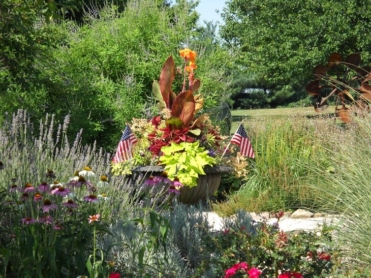 Urn planted for July 4th